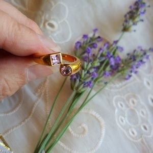 Gold and Amethest Ring